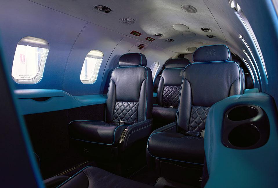 """LEARJET31 """"Nel blu dipinto di blu"""" – Garage Italia Custom"""